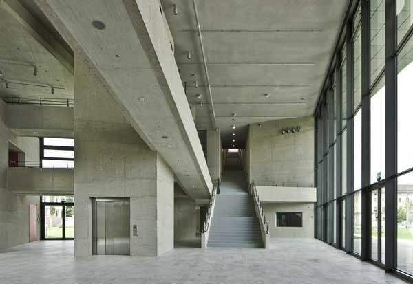 Architekturfotografie München hochschule für fernsehen und muenchenarchitektur