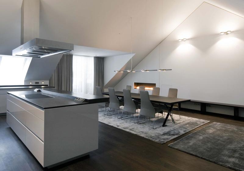 wohnung mit dachgeschoss arbeitszimmer schlafzimmer obere etage