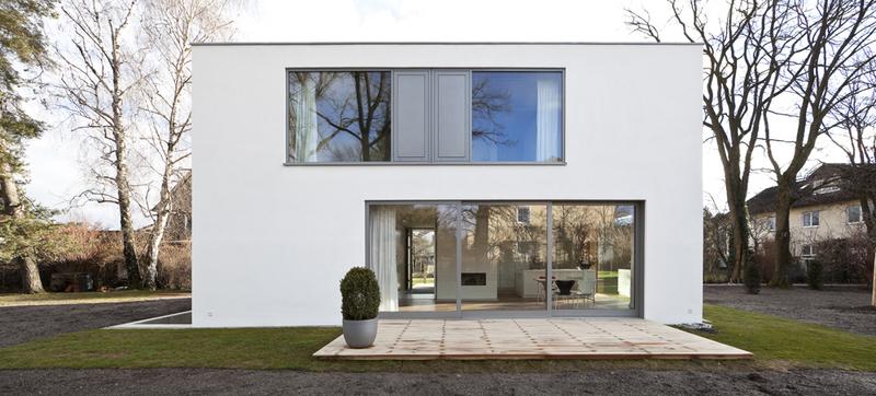 R8 einfamilienhaus im garten muenchenarchitektur - Architektur kubus ...