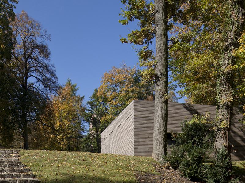 Haus gauting muenchenarchitektur for Holzkubus haus