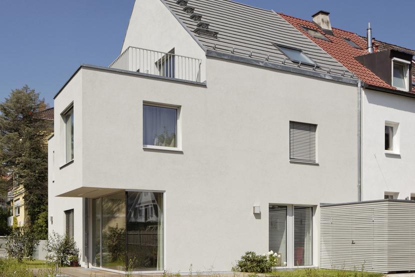 neubau eines einfamilienhauses muenchenarchitektur. Black Bedroom Furniture Sets. Home Design Ideas