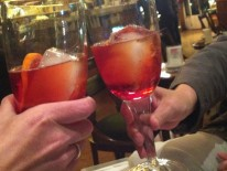 Mit einem Americano in der Bar Basso beginnt man die anstrengenden Messetag in Mailand richtig