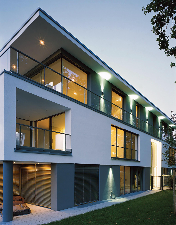 klassische moderne architektur klassische moderne architektur 11 beispiele f r. Black Bedroom Furniture Sets. Home Design Ideas