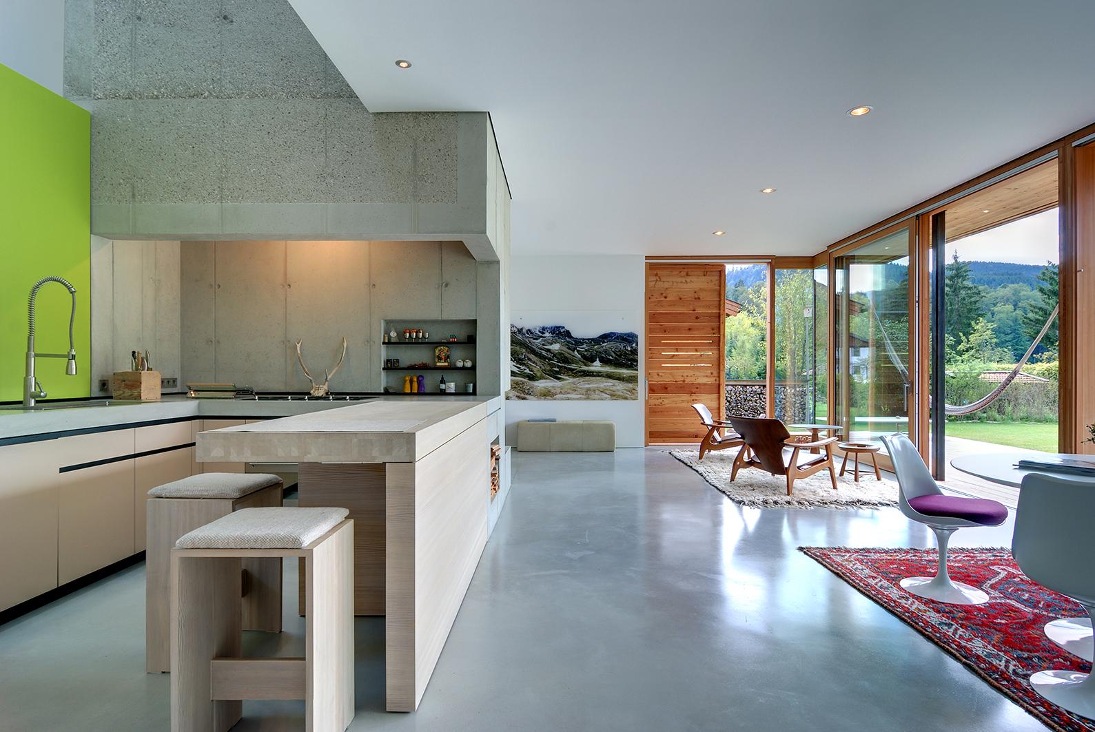 rauchkuchlhaus auf der seewiese am schliersee muenchenarchitektur. Black Bedroom Furniture Sets. Home Design Ideas