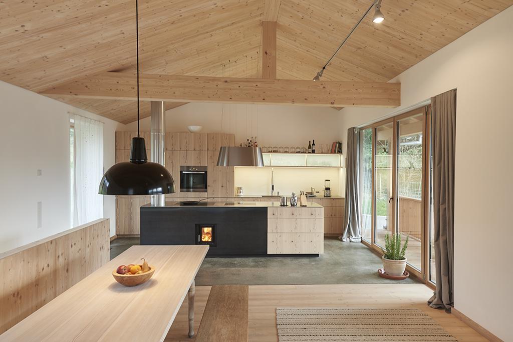 haus in den bergen muenchenarchitektur. Black Bedroom Furniture Sets. Home Design Ideas
