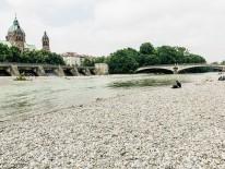 BILD:   Stadt und Isar