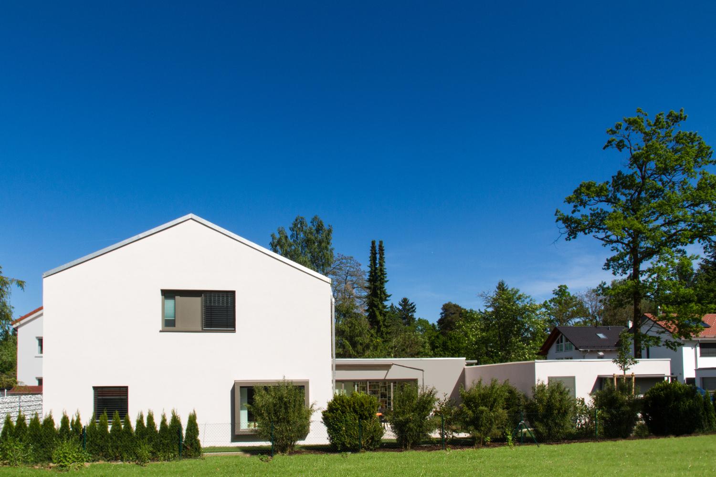 Architekt München Einfamilienhaus einfamilienhaus mit garage muenchenarchitektur