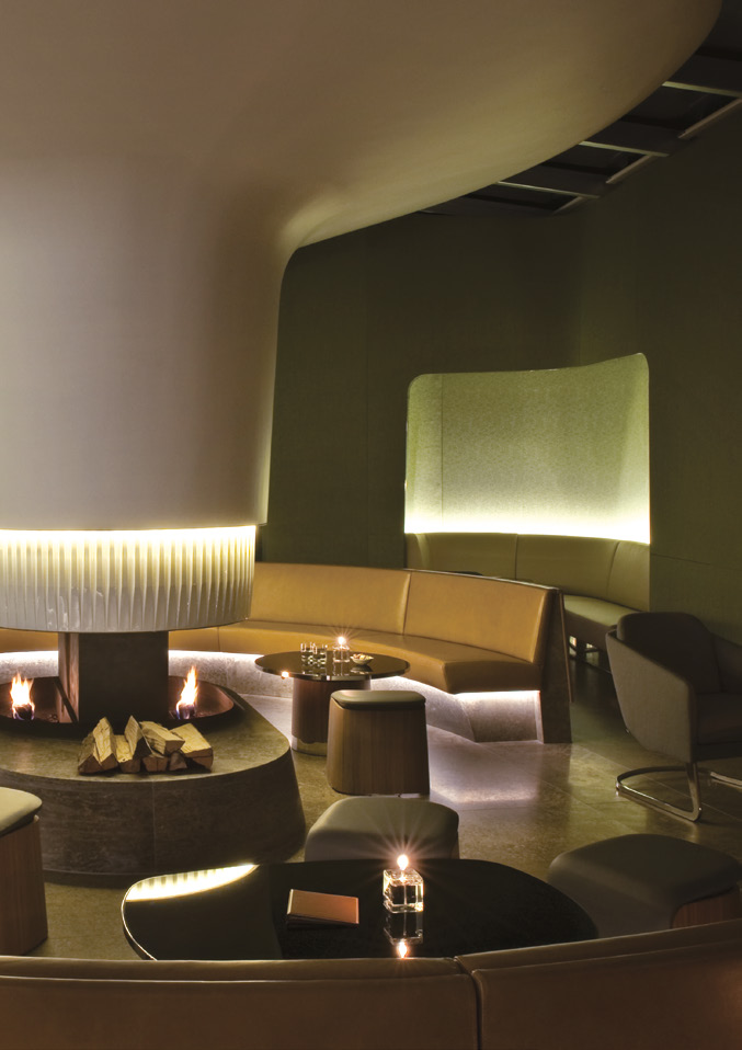dachgarten hotel Bayerischer Hof wandpaneele beleuchtung