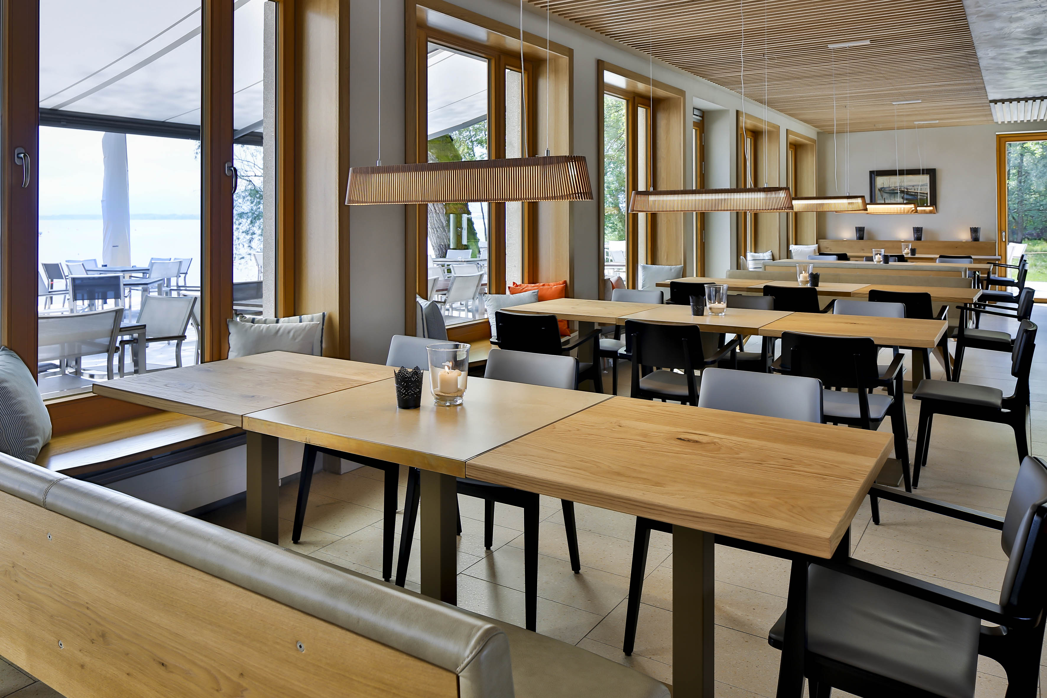 Yachtclub chiemsee muenchenarchitektur for Kitzig interior design gmbh