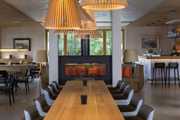 Yachtclub chiemsee muenchenarchitektur for Chiemsee design hotel