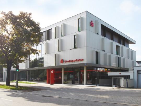BILD:       Wohn- und Geschäftshaus Arnulfstraße