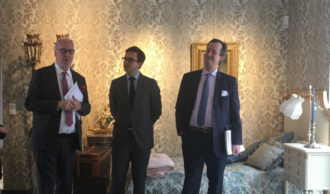 Artcurial : Martin Guesnet, Director Europe, Stéphane Aubert, Head of Inventories & Collections et Moritz von der Heydte.