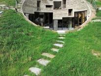 Villa Vals von SeARCH und CMA, Vals/Schweiz. © Iwan Baan Studio