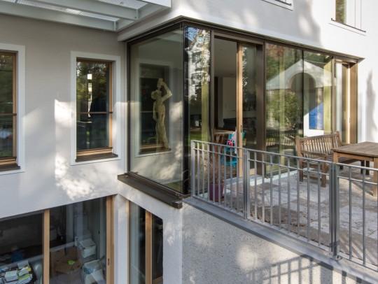 BILD:       Neubau eines Einfamilienhauses mit Garage