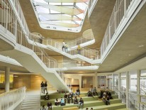 Mittelschule mit Sporthalle, Gersthofen. Behnisch Architekten, München. Foto: David Matthiessen