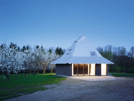 BILD:   Die besten Einfamilienhäuser aus München