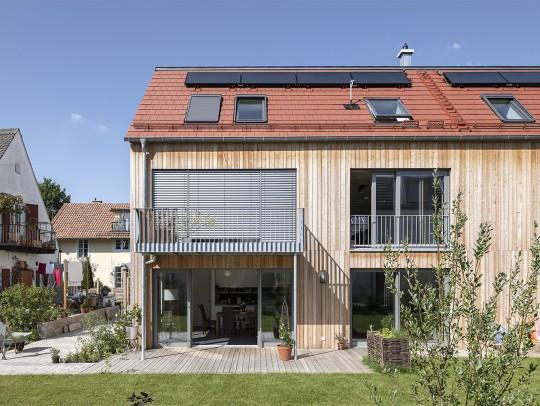 BILD:       + Generationenhaus