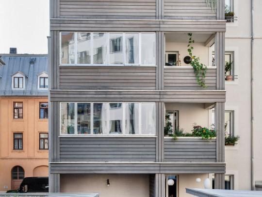 BILD:       Aufstockung und Annex Entenbachstraße