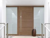 BILD:   Klassische Holztüren aufpeppen
