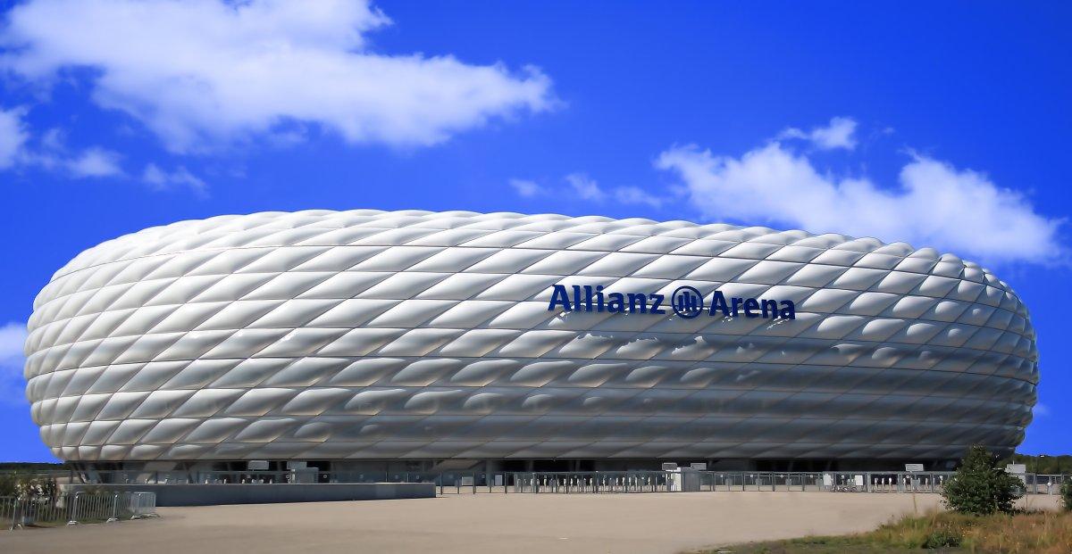 Allianz Arena - muenchenarchitektur